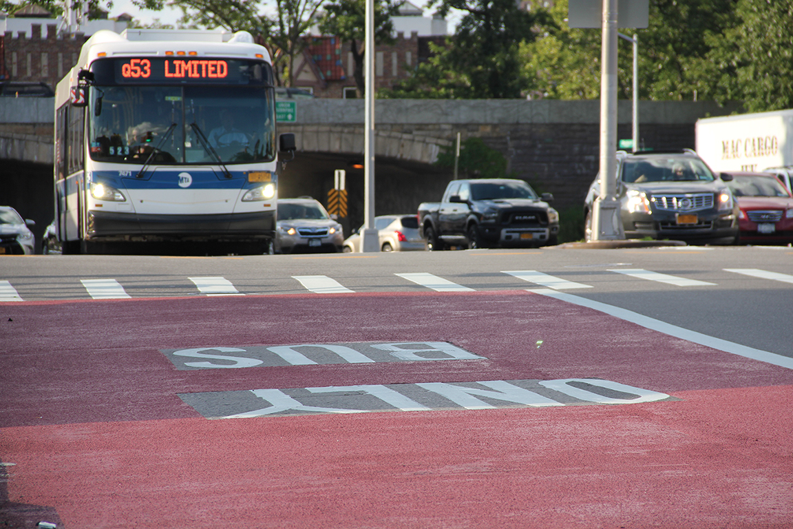 Curbside and offset bus lanes