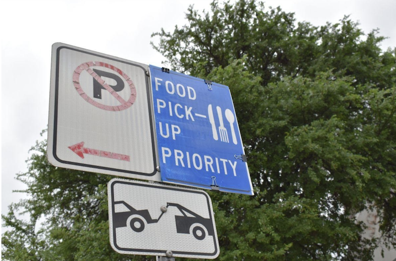 Food pick-up priority parking zones
